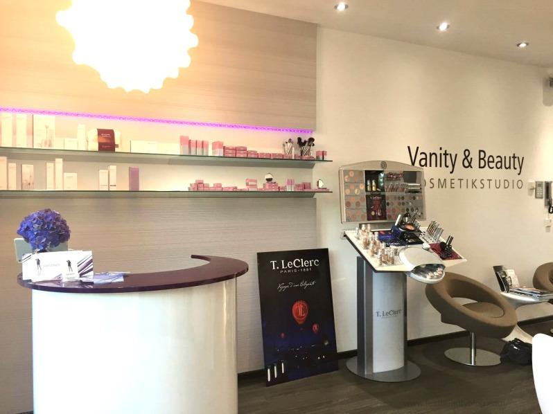 vanity beauty kosmetikstudio frankfurt seite an seite. Black Bedroom Furniture Sets. Home Design Ideas