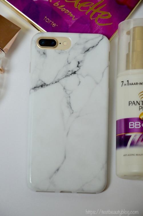 Meine #Lieblingsprodukte im Monat August. #Handtasche, #Handyhülle, #Haarpflege, #Schminke und #Parfüm Das habe ich diesen Monat am liebsten benutzt. #IPhone7Plus #Monatsfavoriten